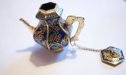 Cloisonne Chinese teapot butterfly