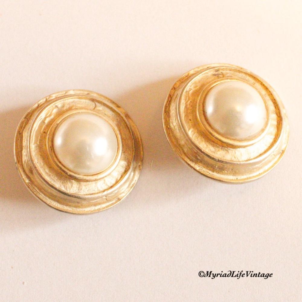 Etsy GV130 clip earrings 2CR