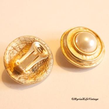 Etsy GV130 clip earrings 3CR